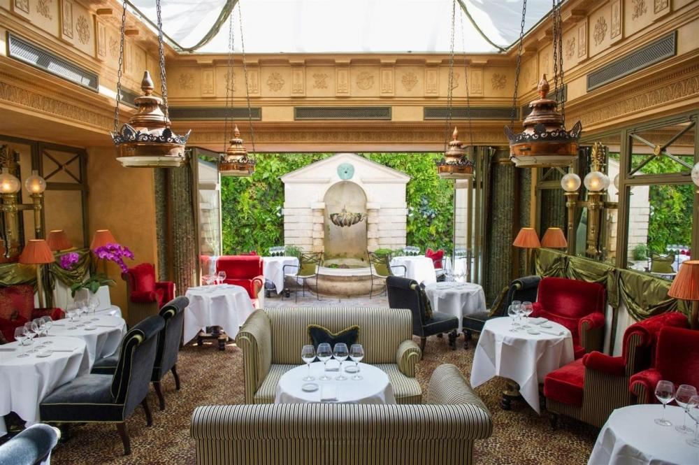 L'Hotel Paris Luxury Review
