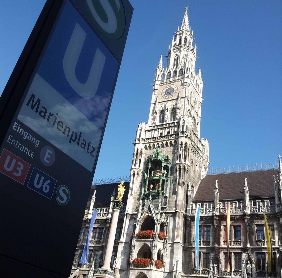 Marienplatz Square within the old town in Munich