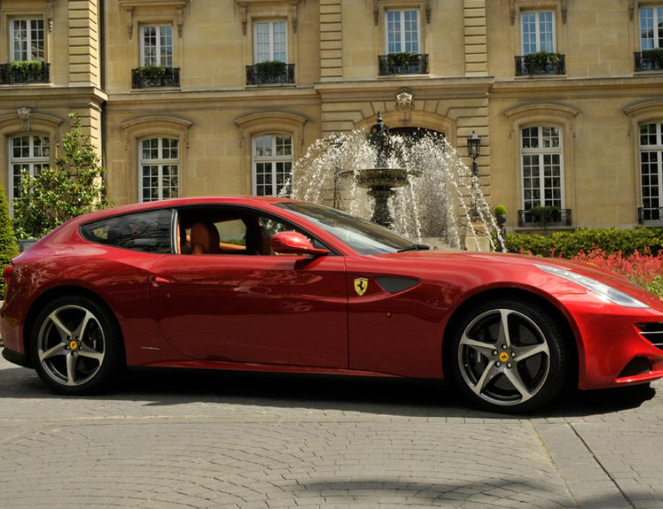 Ferrari FF Saint James Hotel Fountain