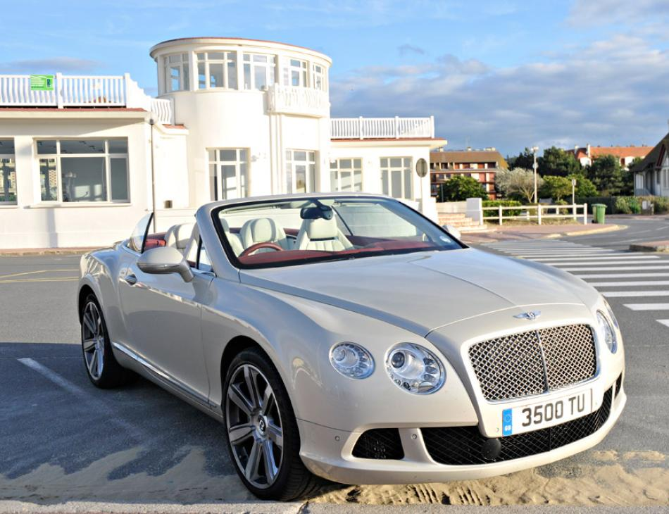 Bentley Continental GTC by the Beach in Deauville