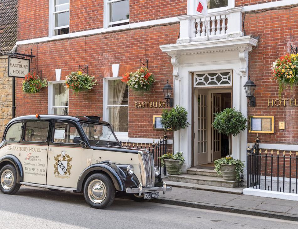 Peter de Savary's Eastbury Hotel Dorset Review
