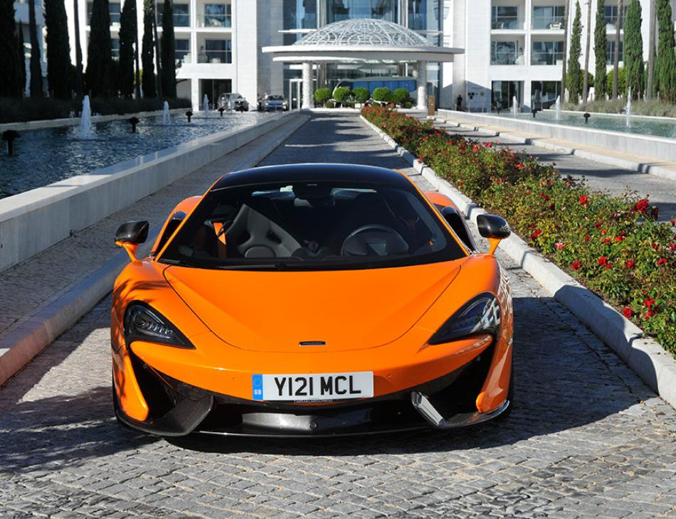 McLaren 570S Orange Conrad Algarve