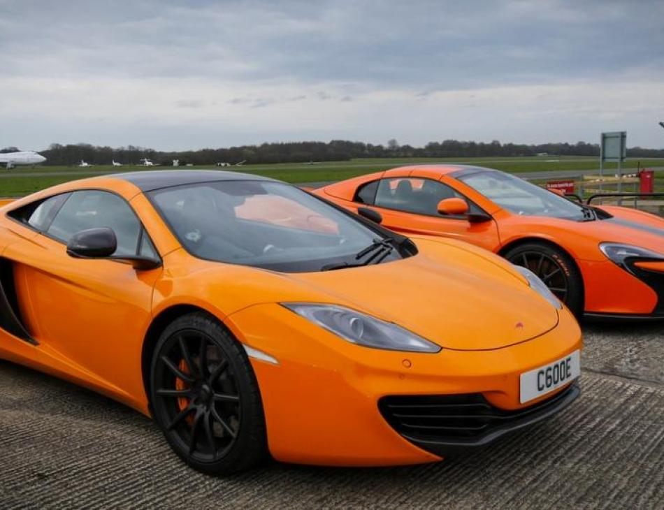 Reep Southern Host McLaren Supercars At Dunsfold Racetrack