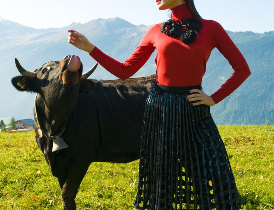 Verbier Winter Fashion Cow Girl