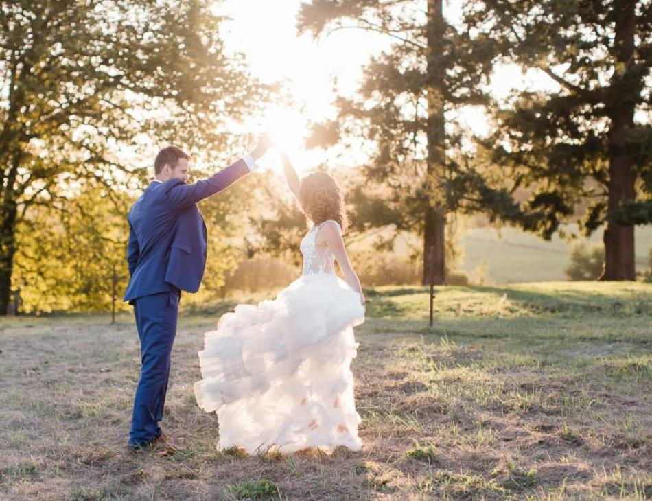 Wedding day golden hour at Chateau de Lerse